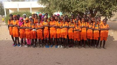Collège de Patar Lia, Fatick- Sénégal- 2018, classe de 6ème/ Cours d'Education Physique/ Photo d'illustration